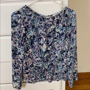 Cupcakes & cashmere blouse M